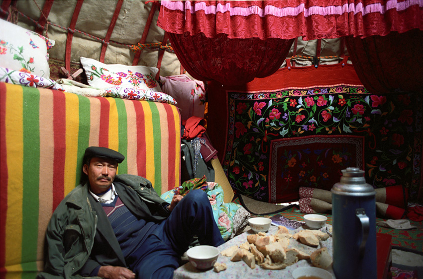 rasheetinyurt.jpg